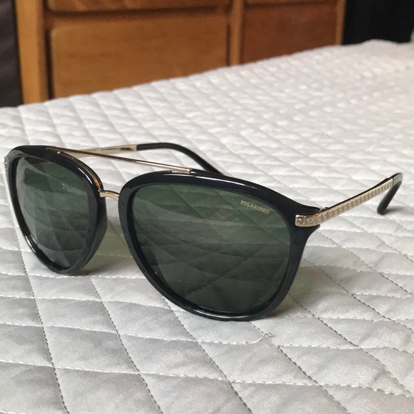 995120a74735 Black Versace aviator sunglasses like new. M 5aa009d8fcdc314b159b1a3e.  Other Accessories ...